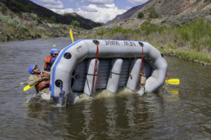 Guides train to bring a raft back over
