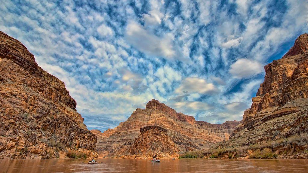 Colorado River - Swimming clouds above the Colorado River