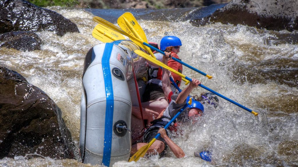 Taos Box, Rio Grande River - An exciting moment in the Taos Box