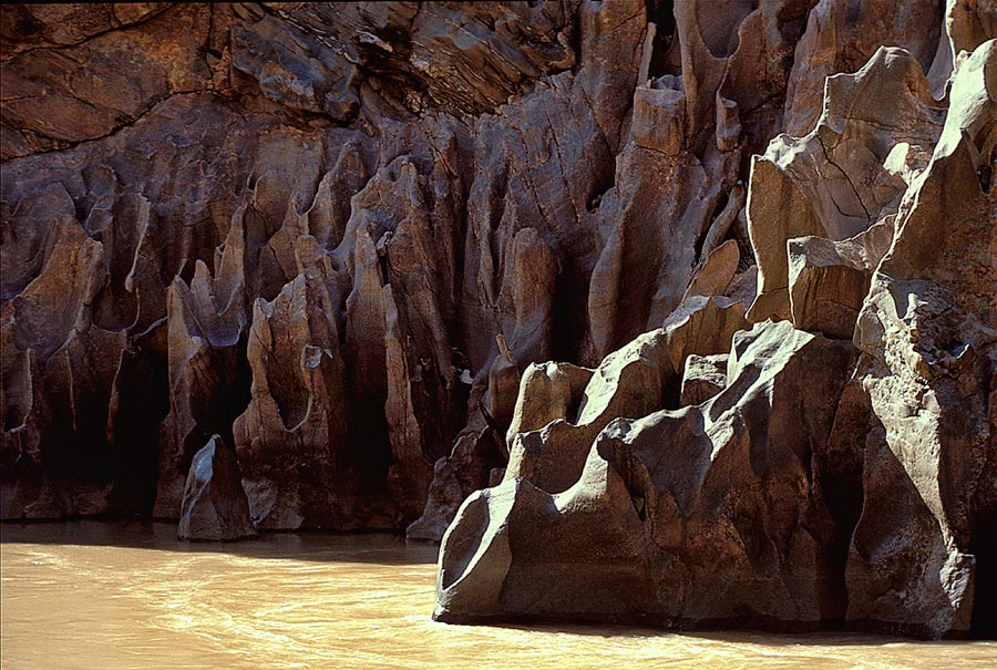 Grand Canyon - Sculpted rock in the Grand Canyon